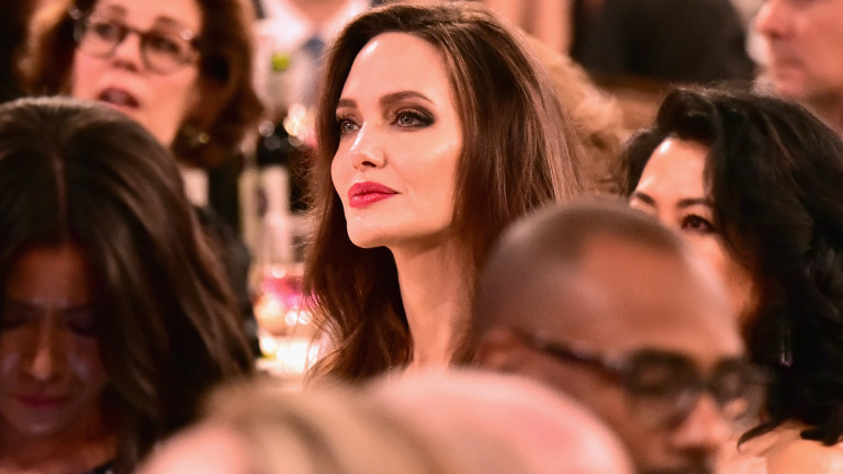 Анджелина Джоли пак е много слаба