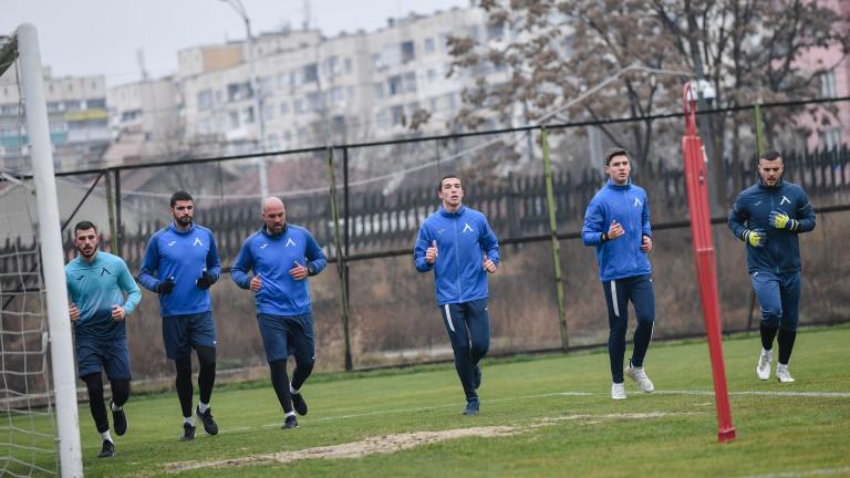 Николай Михайлов: Най-важното е да сме здрави и да влезем в отлична форма за подновяването на мачовете