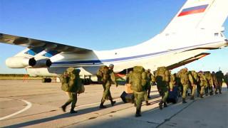 200 руски парашутисти кацнаха в Египет