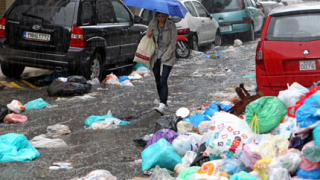 Гражданска мобилизация в Атина заради боклука