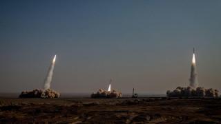 Иран изпита балистични ракети и дронове