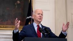 Байдън призовава Конгреса да забрани щурмовите оръжия в САЩ
