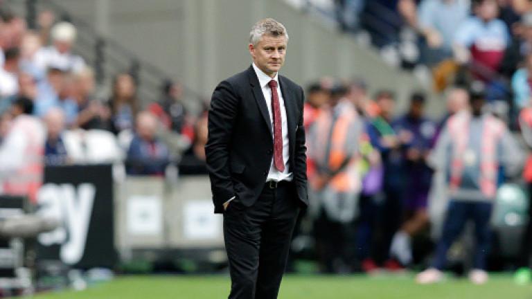 Манчестър Юнайтед понижи прогнозата за печалбата си за пръв път от пет години