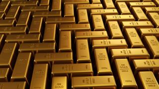 Златото чака сигнали от Фед, за да определи посоката на цената