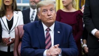 Спецслужбите пратили Тръмп в Афганистан без мобилен телефон