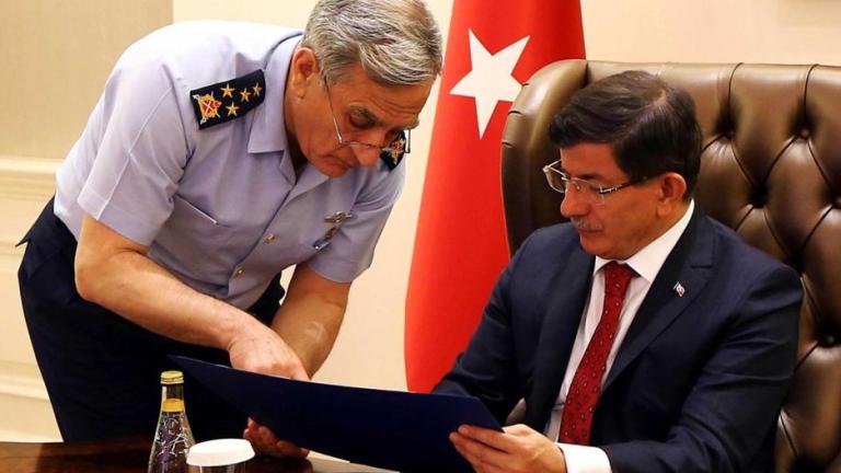 Двама генерали - лидери на метежниците в Турция