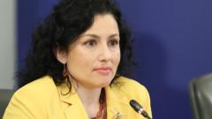 Резолюцията на ЕП за България е политическо есе, според Танева