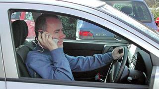 Забраниха разговорите по време на шофиране във Вашингтон