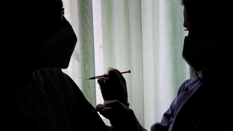 Хората в ЕС са ваксинирани досега предимно с Pfizer/BioNTech