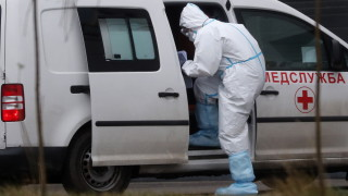 Русия вече наближава 40 000 починали от COVID-19