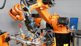 Китайци купуват немски производител на роботи за 5 млрд. долара
