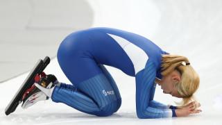 Сребърна медалистка от масовия старт в болница заради потиснатост