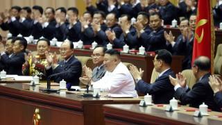 Ким Чен-ун предупреди за историческа икономическа криза в КНДР