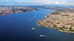 Украйна поиска от Турция да затвори Босфора за руски бойни кораби
