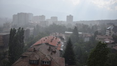 Буря порази София