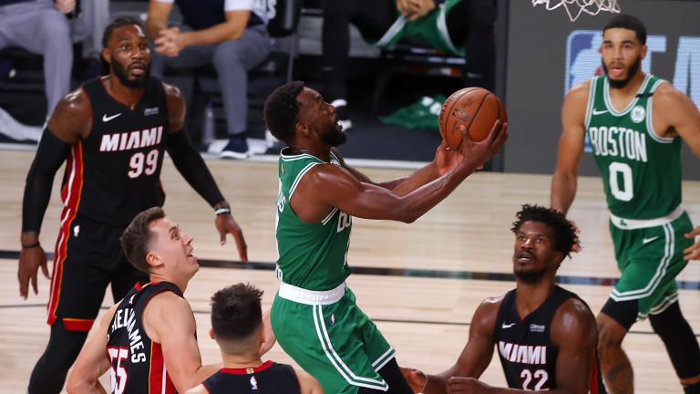 Бостън Селтикс се наложи над Мяами Хийт с балансирана игра