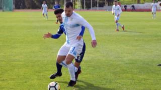 Валери Божинов с гол и две асистенции в контрола