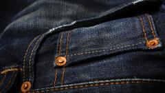 Историята на малките копчета на дънките