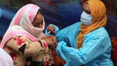 Индия арестува 14 души за фалшиво COVID ваксиниране на хиляди души