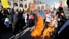 В Иран беснеят срещу Тръмп за Йерусалим, горят US знамена