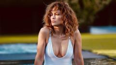 Колко секси е новото селфи на Джей Ло
