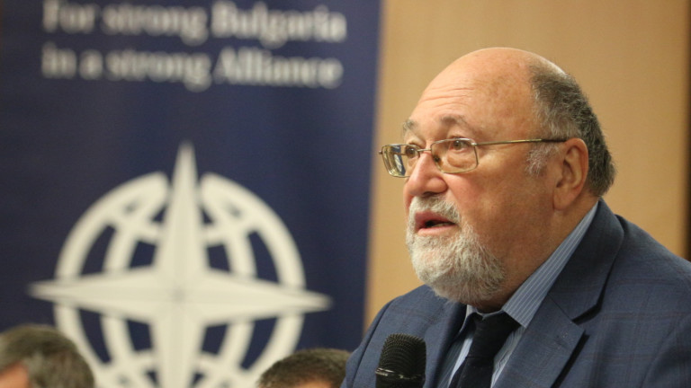 Българският евродепутатАлександър Йорданов коментира пред НоваТВ, че