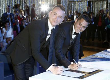 В Монпелие беше сключен първият френски гей брак