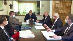 Кабинетът в оставка удължи извънредната епидемична обстановка до 31 май