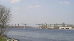 Има опасност от срутване на част от Аспаруховия мост