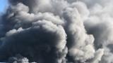 Голям пожар бушува в цех за матраци в Костинброд
