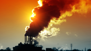 Най-богатите 10% в света са виновни за половината вредни емисии в природата