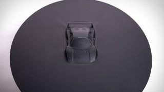 Алуминиева маса с Ferrari F40 за 20 000 долара