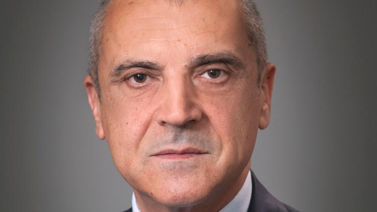 Внезапно почина секретарят на президента по външна политика Димитър Арнаудов.