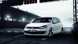 Volkswagen показа Golf VI GTI (галерия)