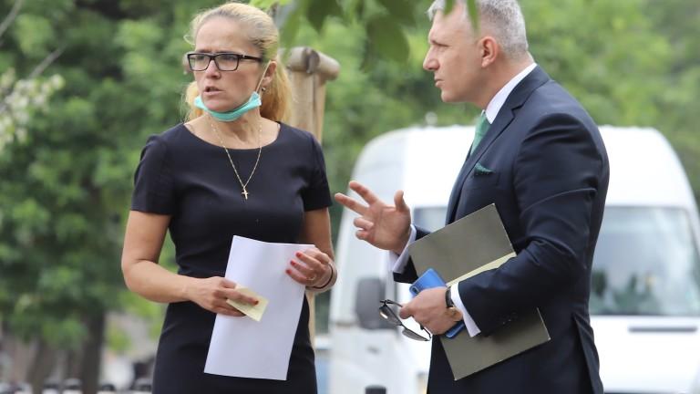 Апелативният специализиран съд не пусна Десислава Иванчева да посети клиника