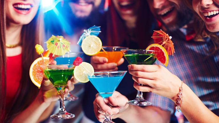 Пиенето с приятели е полезно