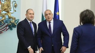 Евгени Петров: Войната Радев-Борисов тече вече три години