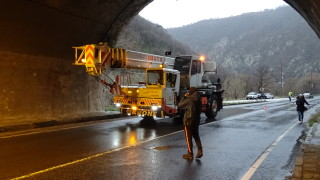Ограничения в движението през тунел Мало Бучино утре