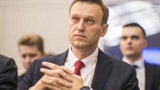 Руската полиция претърсва централата на Навални в Санкт Петербург