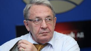 Симеон Николов: Международното право реално е сринато от хибридната война