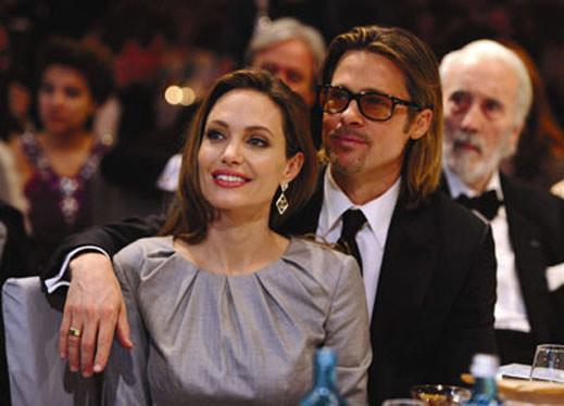 Брад и Анджелина се оженили тайно на Коледа