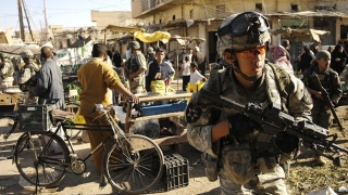 Десетки загинаха при двоен атентат в Багдад