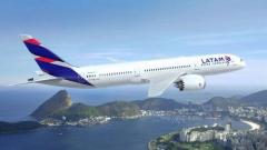 Чилийски самолет кацна аварийно след заплаха за бомба