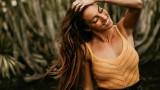 Ивет Лалова-Колио краси Канарските острови
