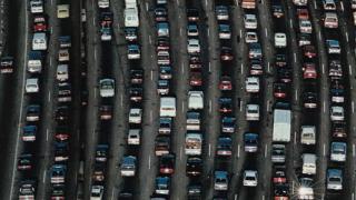 ЕС насърчава публичния сектор да купува екологични превозни средства