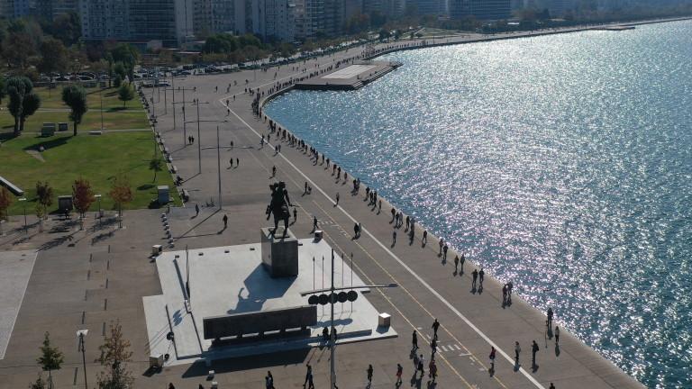 Коронавирус: Гърция блокира Солун за 2 седмици