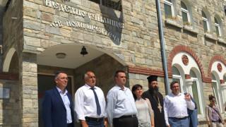 Борисов забавя изпълнението на решение на Общинския съвет в Царево