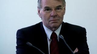 Холандският посланик също поиска ефективни присъди