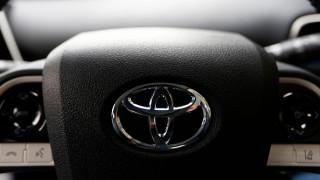 Toyota представи електрически  триместен автомобил (Видео)