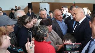 Борисов обеща отново пари на производителите на тютюн